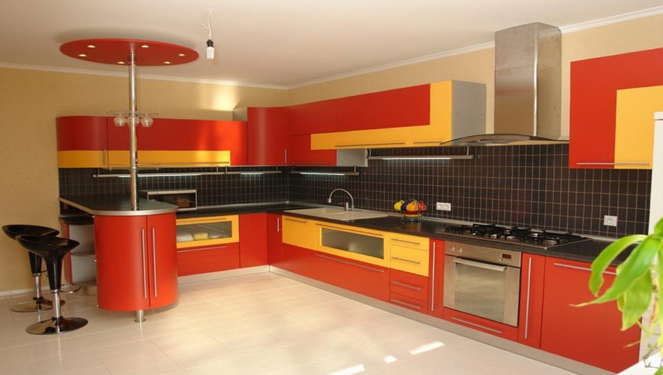6-very bright kitchen