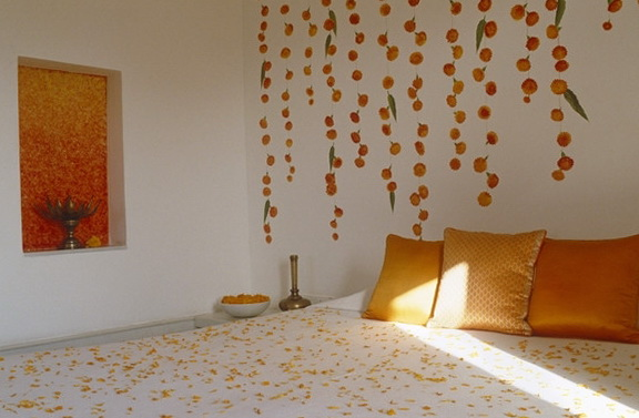 7-orange bed