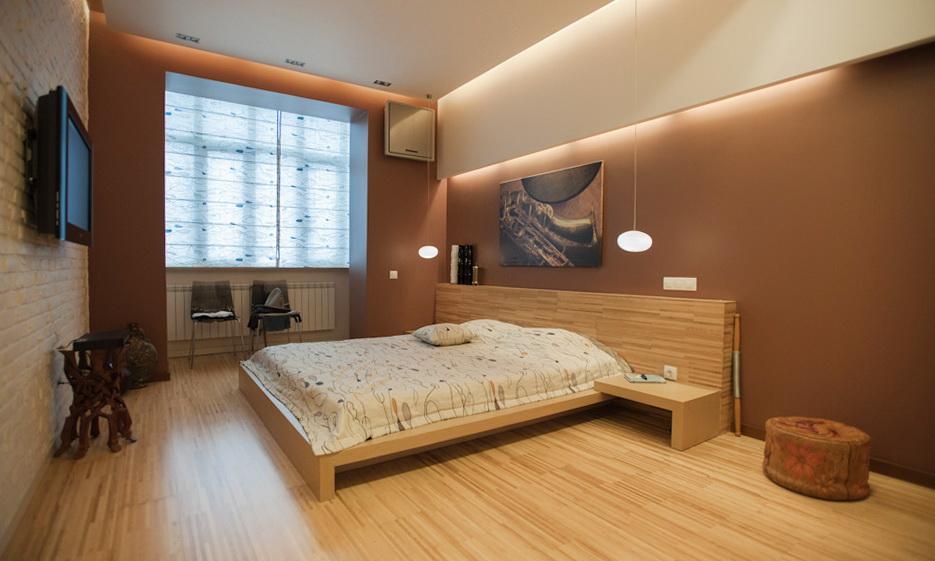 81-bedroom
