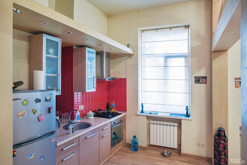 81-kitchen set is custom-designed
