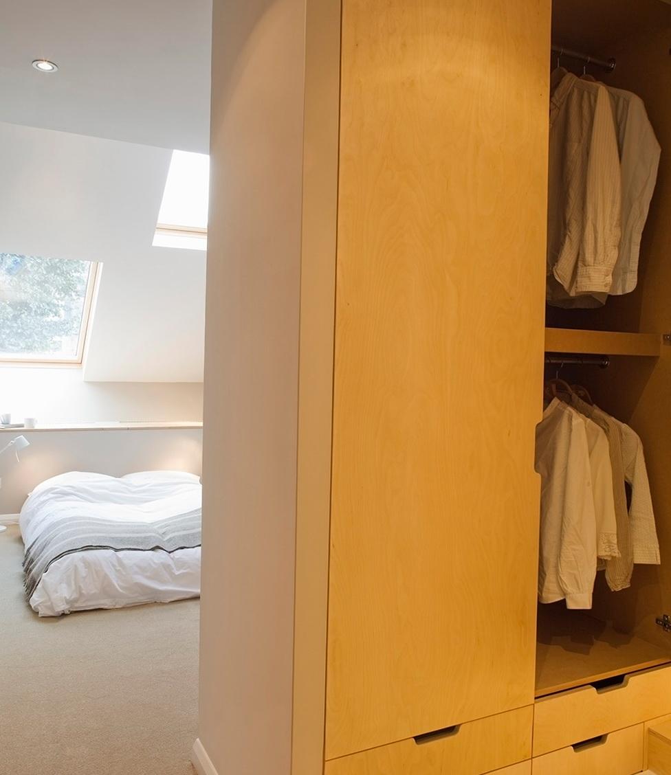 9-full closet