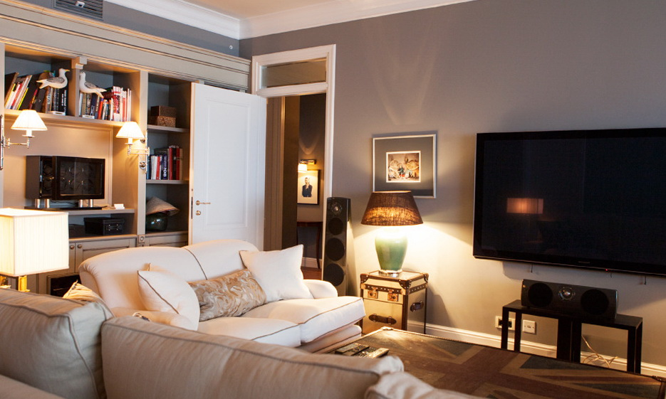 91-lounge room