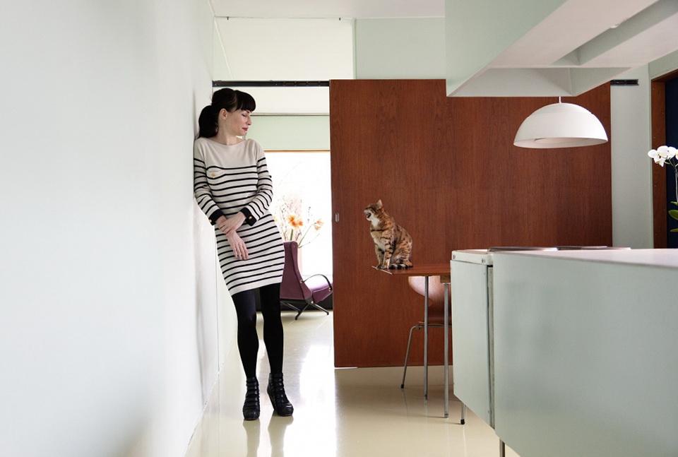 1-beautiful-house-painter-nina-pohl-in-berlin