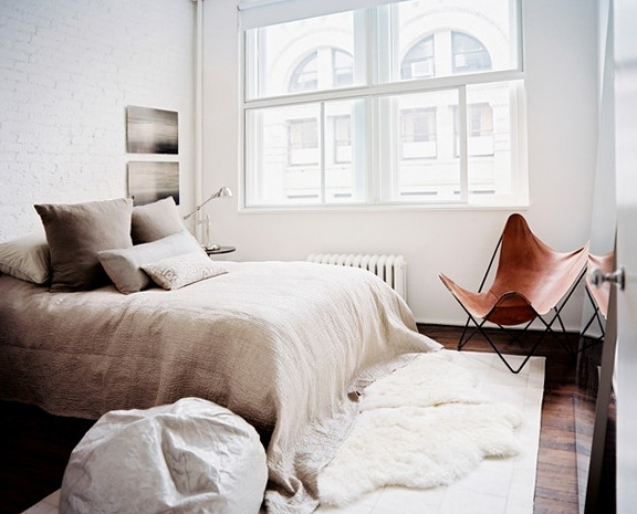 1-the-modern-minimalist-style-in-the-bedroom
