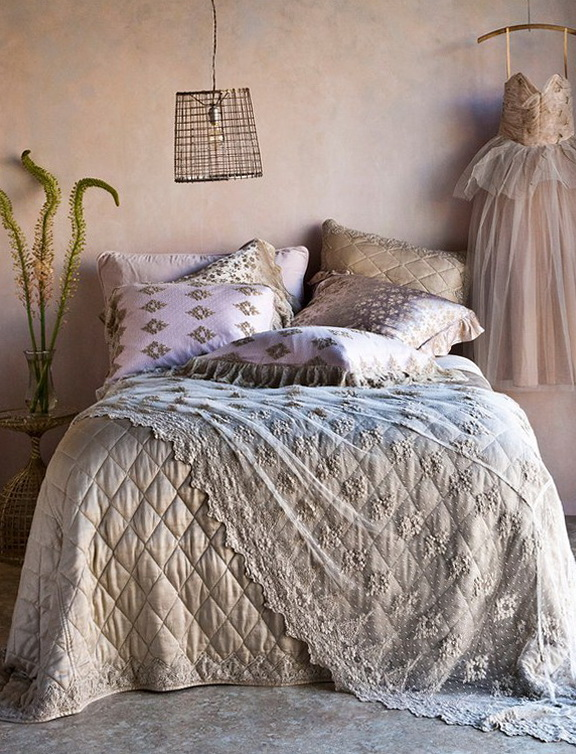 10-beautiful pillows