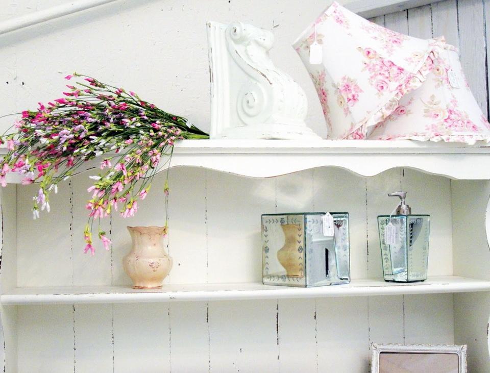 3-beautiful shelf