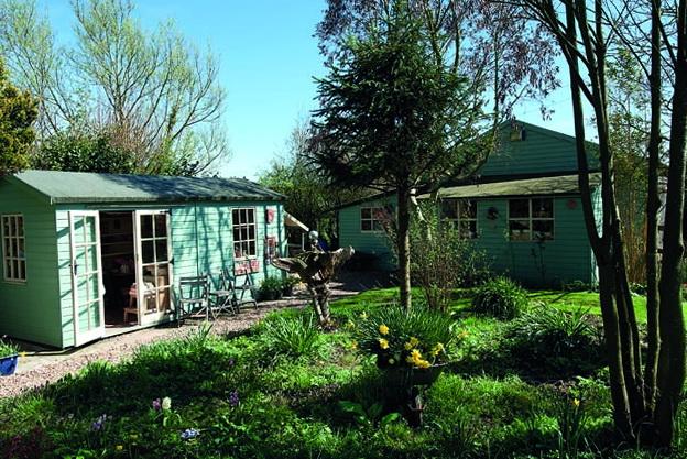 3-garden houses