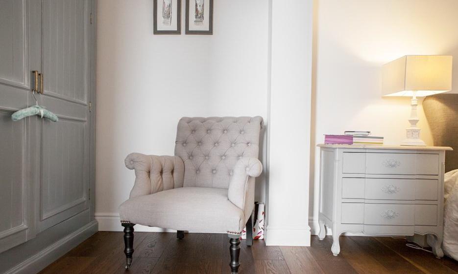 42-chair