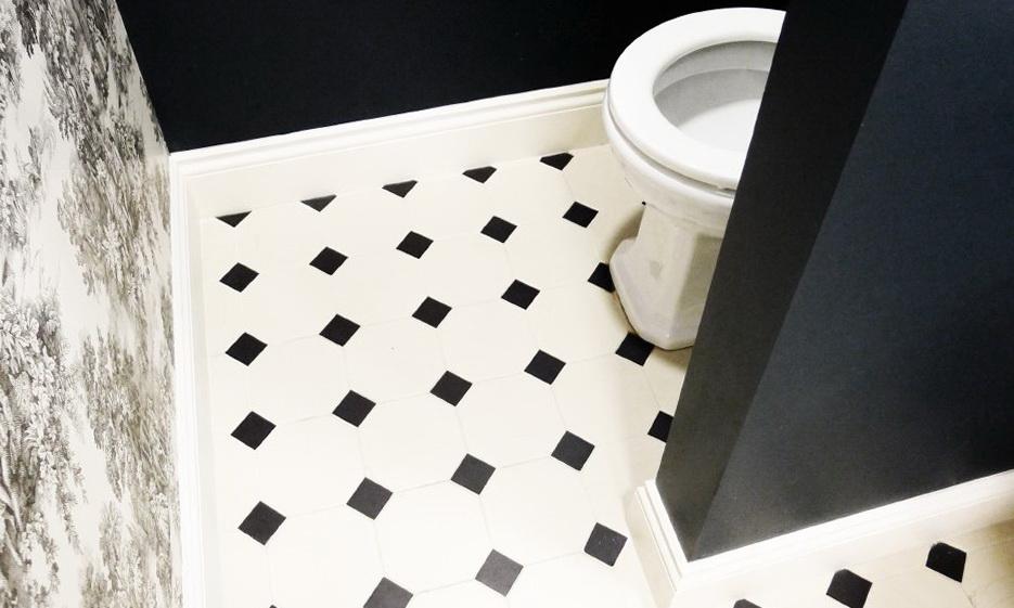 44-toilet