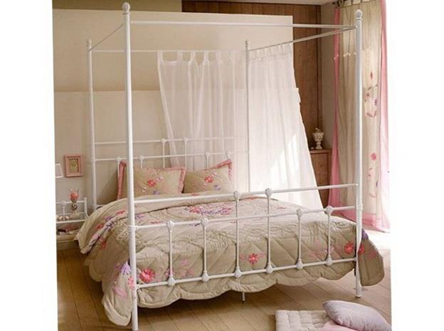7-metal bed