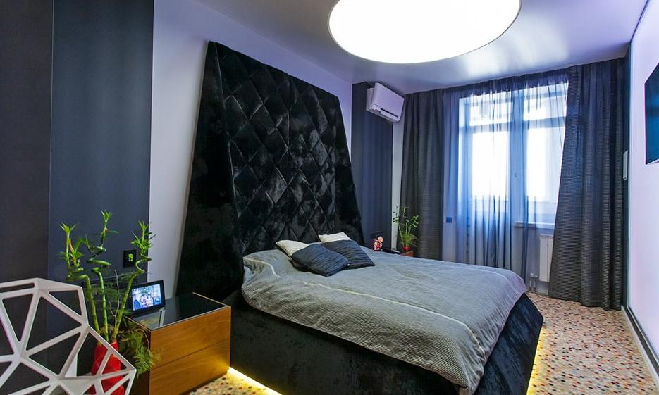 71-bedroom