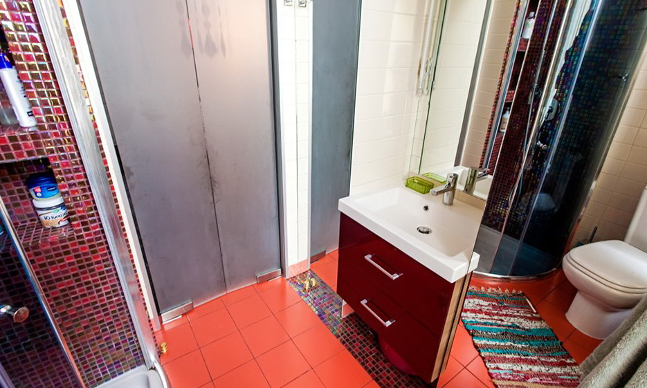 72-bathroom