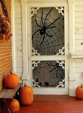 10-scary door