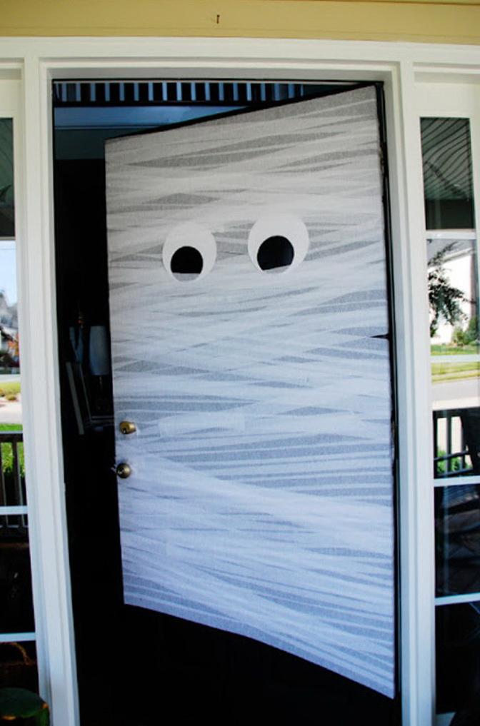 12-scary door