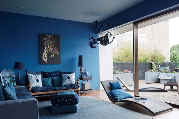 2 blue walls