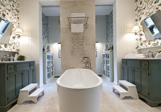 Amenajare baie in stil clasic;