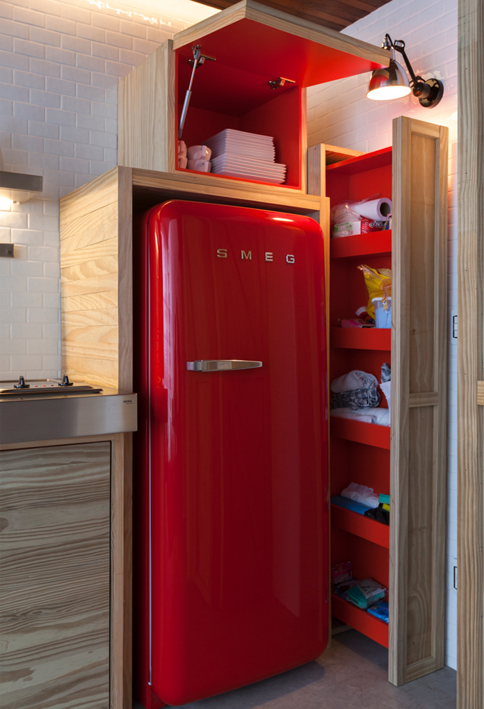 5-red refrigerator
