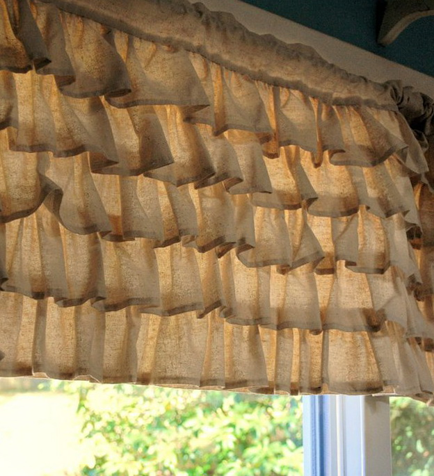 9-curtains made of burlap