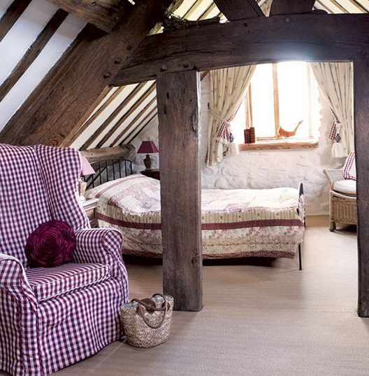 1-bedroom-in-the-attic-loft