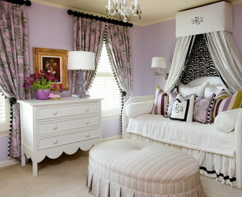 1-cream-and-lilac-color-in-the-bedroom