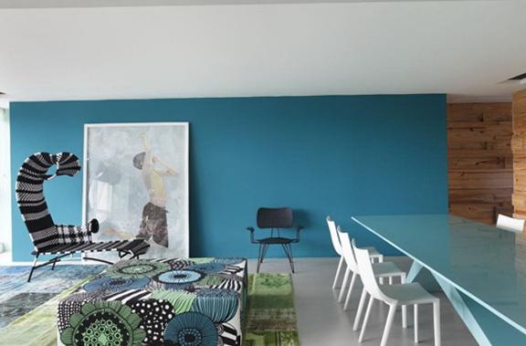 2-blue walls