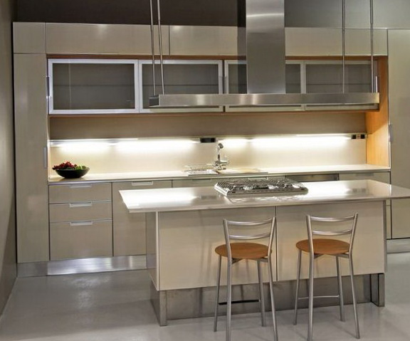 3-bright kitchen