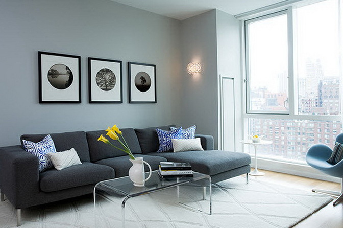 Interiors with gray and inviting sofas home interior design kitchen and bathroom designs - Dark gray sofa ideas ...
