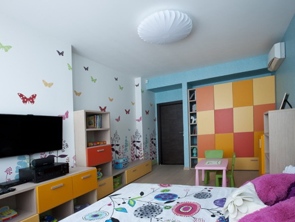 3-large spacious children's room