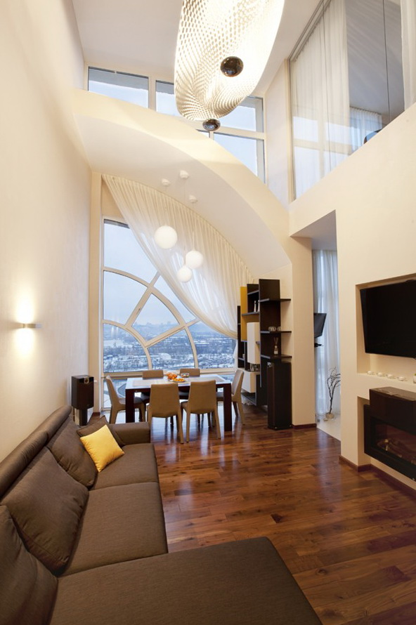 5-a spacious living room