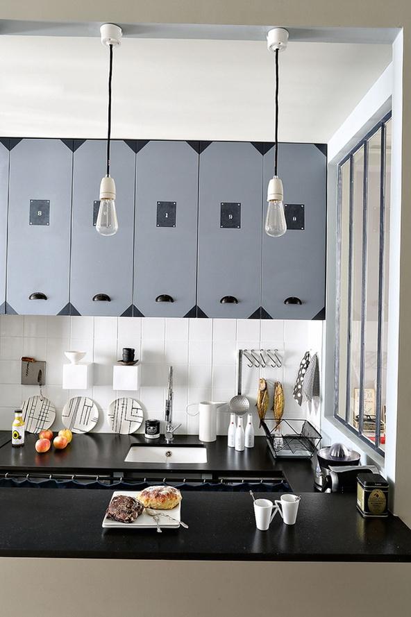 5-black kitchen