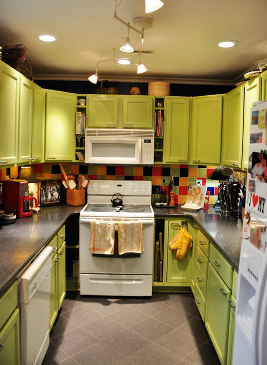 8-yellow oven
