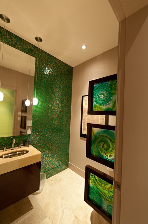9-green bathroom