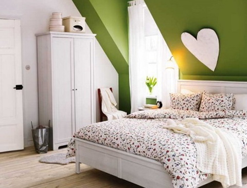 9-green bedroom