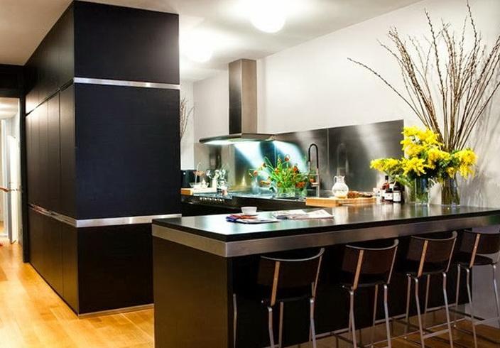 2-black kitchen