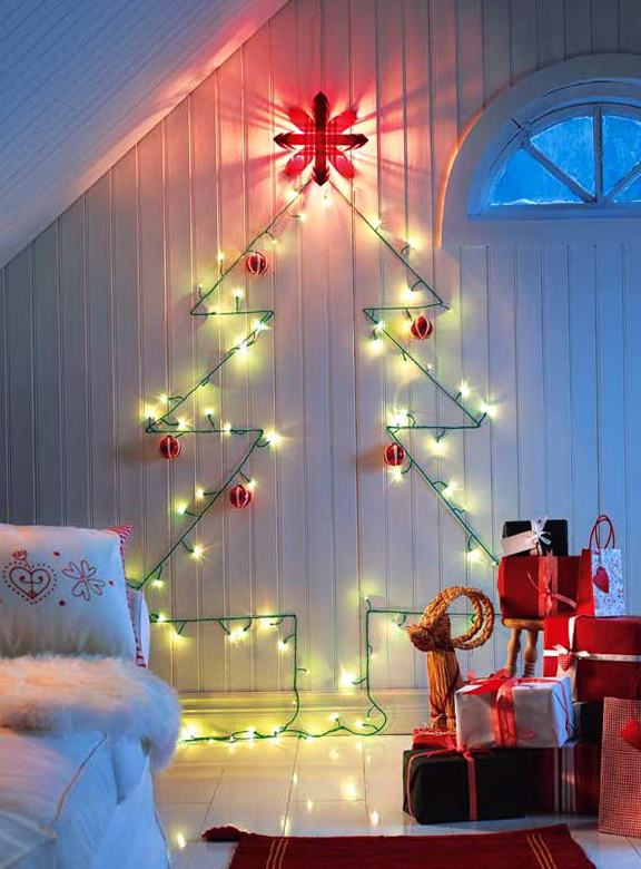 4-Christmas tree garland