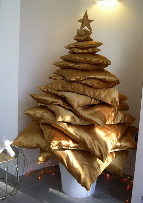 8-Tree of pillows