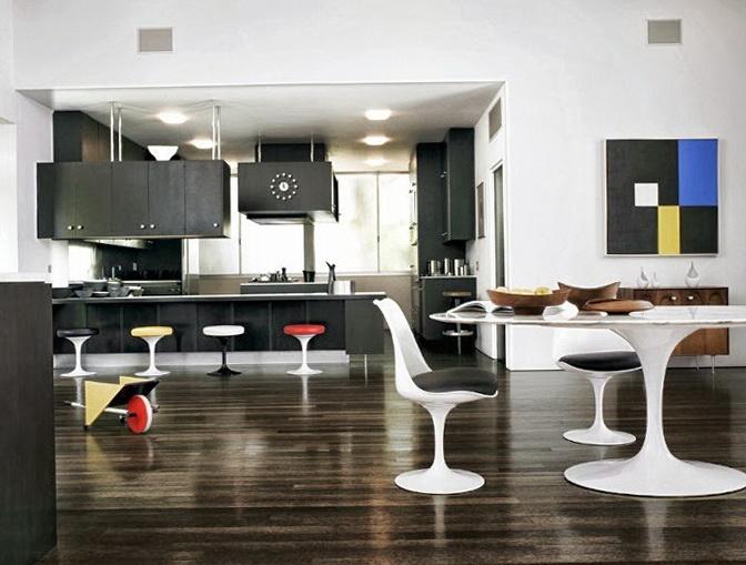 8-glossy floor