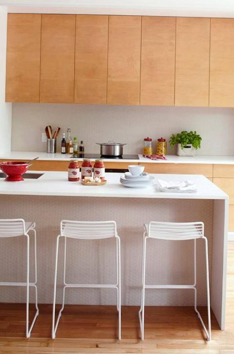 7-bright kitchen