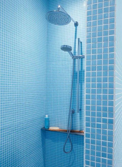 9-chic shower