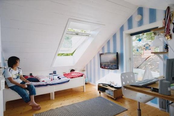 9-white ceiling