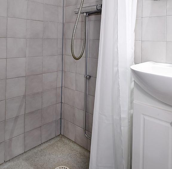 1 Beautiful Bathroom