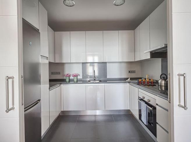5-white kitchen