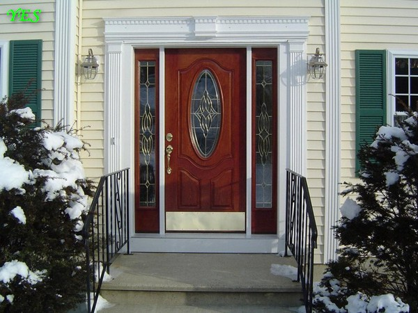 0-beautiful-classical-entrance-door-in-winter (1)