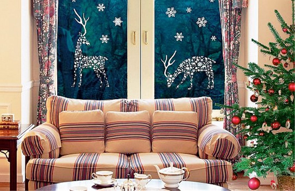 0 christmas window decorations paper deer showflakes - Christmas Window Decorations