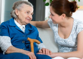 0-interior-for-elderly-women-on-couch