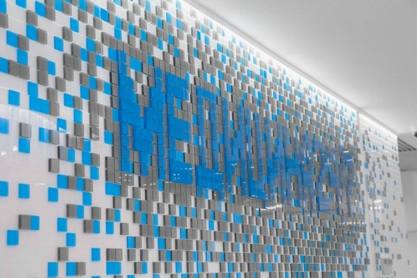 1-3-blue-and-white-modern-glossy-hospital-interior-mosaics-logotype