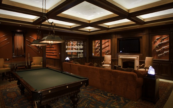 1-gun-room-hunters-room-interior-design-pool-billiard-table-gun-storage