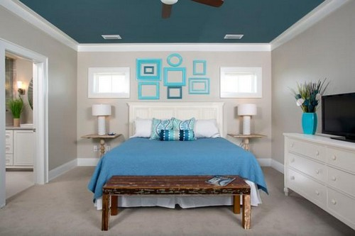 1-non-white-painted-colorful-blue-ceiling-in-the-bedroom-beige-walls-blue-bedspread