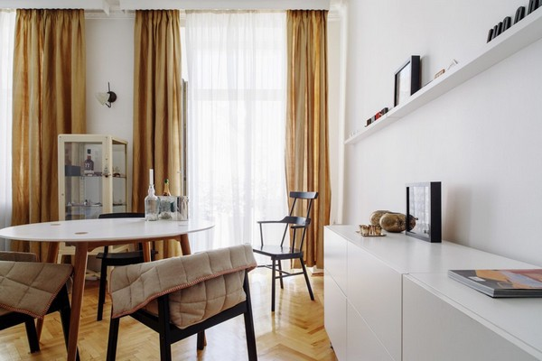 1-scandinavian-eclectic-interior-design-IKEA-furniture-living-room-white-cabinet-dining-set-beige-curtains