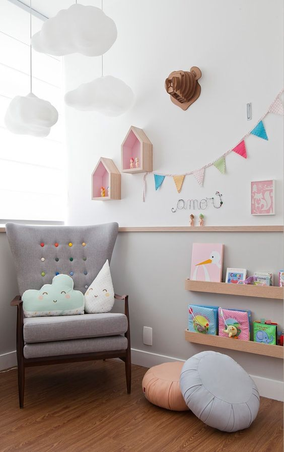 10-3-maria-monterssori-toddler-room-reading-zone-area-corner-nook